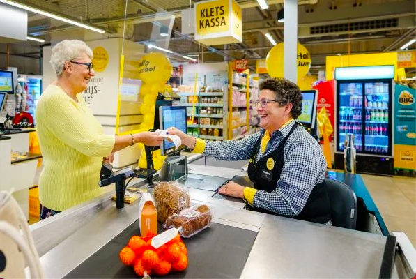 Jumbo Supermarket Adds Chat Registers For Lonely Customers